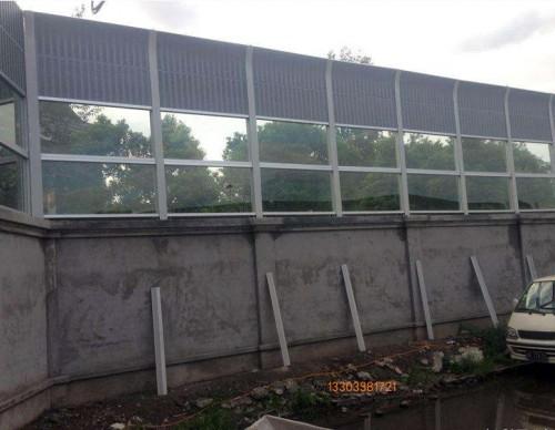 丹东居民区吸音墙-- 科亚丹东声屏障生产厂家