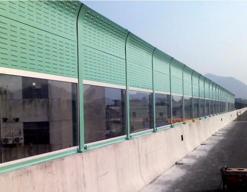 盘锦立交桥隔音冲孔板-- 科亚盘锦声屏障生产厂家