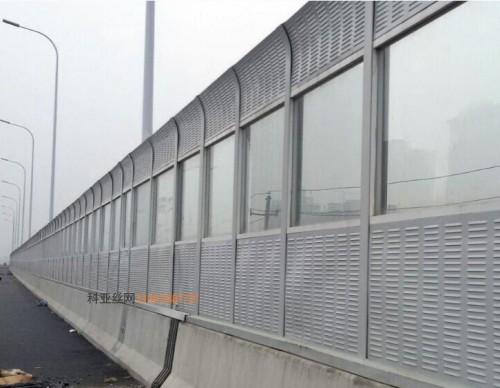 拉萨居民区隔声屏障-- 科亚拉萨声屏障生产厂家