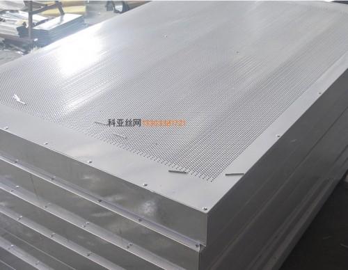 扬州镀锌隔音板-- 科亚扬州声屏障生产厂家