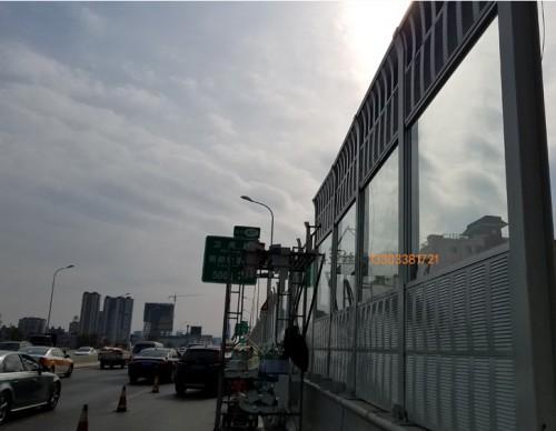 西宁铝板降噪声屏障-- 科亚西宁声屏障生产厂家